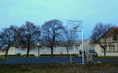 Errichtung eines Basketball-Freiplatzes in Osterwieck