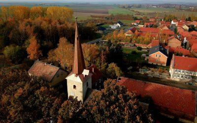 Kirchlich-kommunales Begegnungszentrum im historischen Dorfkern Vogelsdorf