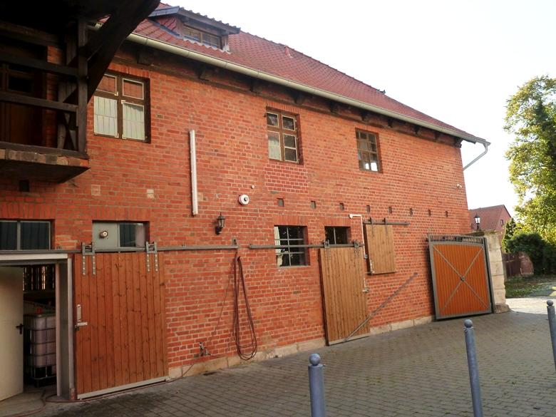 Einrichtung eines Sozialraumes mit Toilettenanlage für Mitarbeiter der Fallstein Destillerie im Polland's Hof