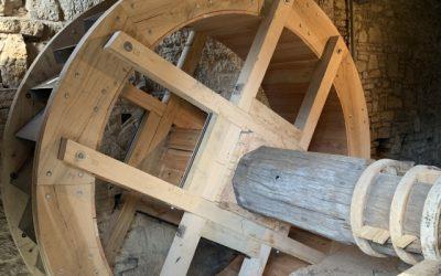 Erneuerung des Wasserrades der Baderslebener Wassermühle